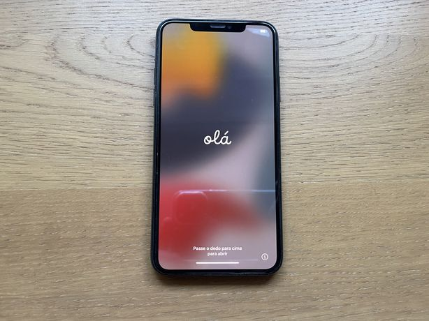 iPhone 11 Pro Max com garantia e em excelente estado