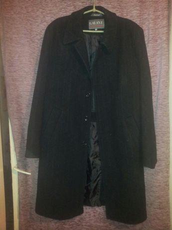 Классическое мужское пальто 50 разм.