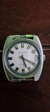 Zegarek Bifora 17 kamieni