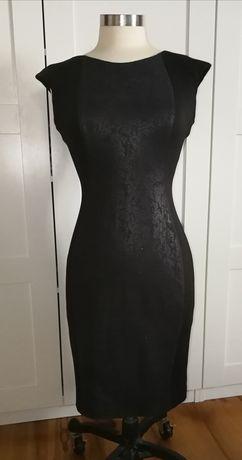 Sukienka wieczorowa czarna, wyszczuplająca