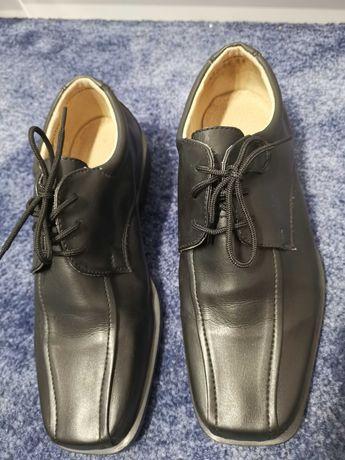 Nowe czarne buty, półbuty chłopięce komunia rozmiar 36