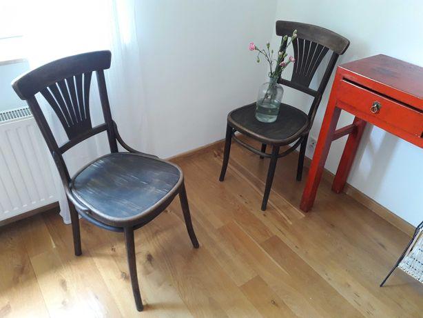 Krzesła gięte FAMEG dla Thoneta lata dwudzieste?
