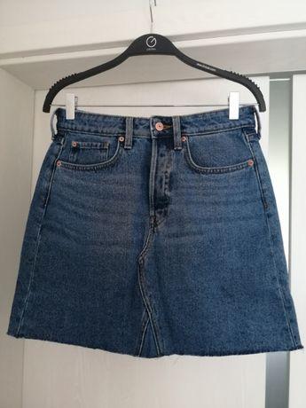 Jeansowa krótka spódnica h&m z wysokim stanem na guziki blogerska