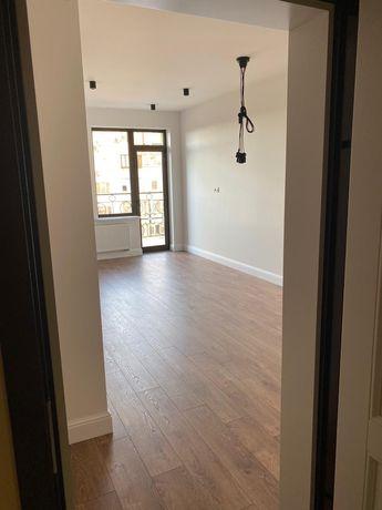 Продам Своя квартира-студия, с ремонтом, 27,8 м2 в ЖК Лимнос.