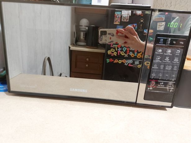 Kuchenka mikrofalowa Samsung GE83X-P