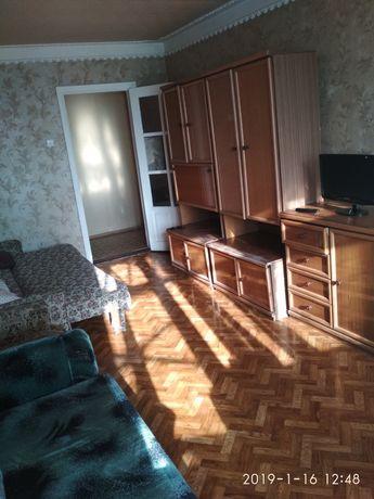 Документы! Посуточно 2-х комнатная квартира (Академия полиции) 17МКР
