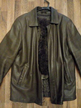 куртка кожаная зимняя все отстегивается р56   1950руб  срочно