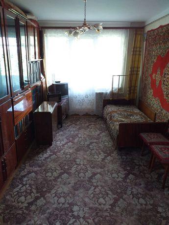 Продам однокомнатную квартиру на среднем этаже ул.Филатова Черемушки !
