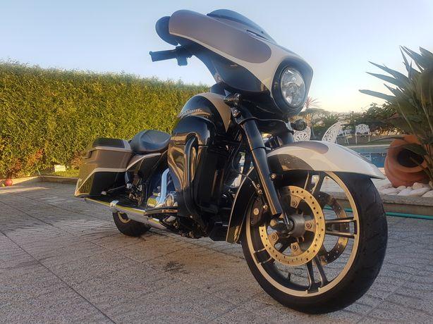 Harley-davidson Look CVO