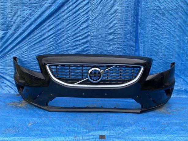 Volvo v40 R design zderzak z grillem