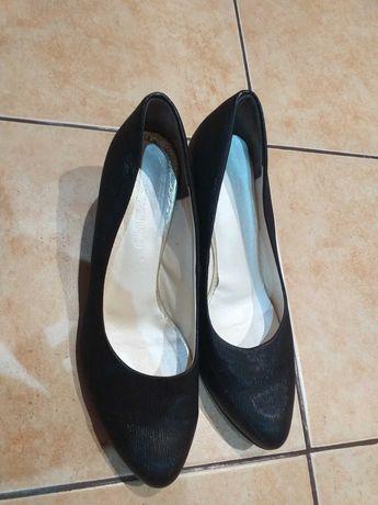 Buty damskie wygodne 40
