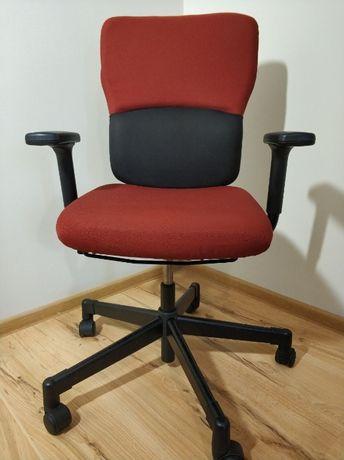 Продам якісне офісне крісло Steelcase Lets B ,в хорошому стані (є 20шт