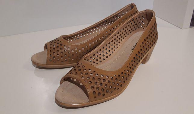 Buty bezowe odkryte palce r. 39