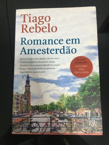 """Vendo livro """"Romance em Amesterdão"""" de Tiago Rebelo"""