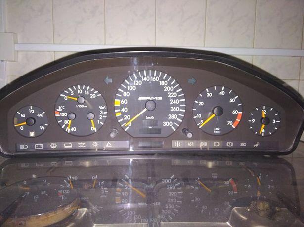 Quadrante Mercedes AMG R 129 ( 300 Kms/h)