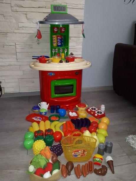 kuchnia dziecięca plus czajnik