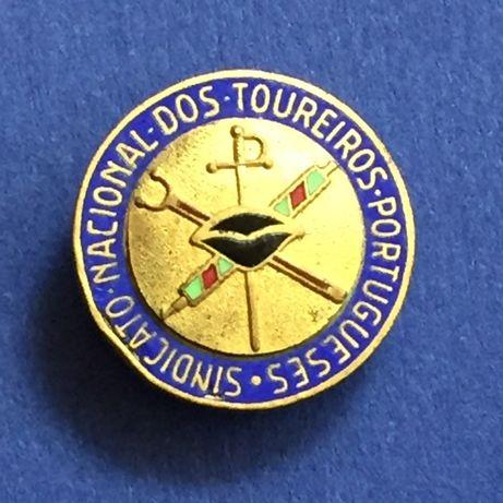 PIN/Abotoadeira esmaltado-Sindicato Nacional TOUREIROS Portugueses