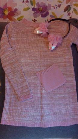 Трикотажное платье-туника со съемным хомутиком