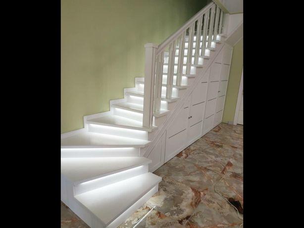 Лестницы , двери,мебель из дерева на заказ изготовим