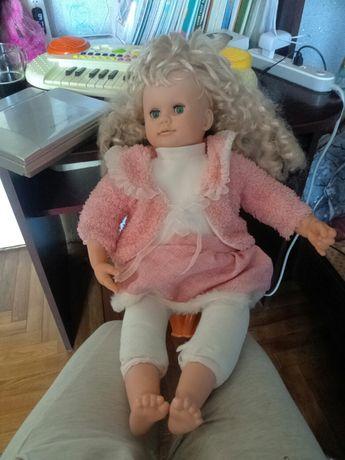 Продам интерактивную куклу покупали за 100долларов