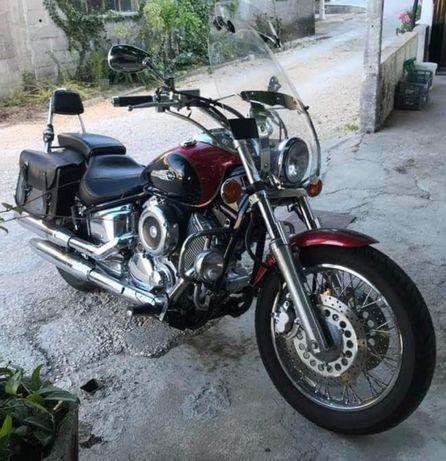 Yamaha DragStar 1100 XVS