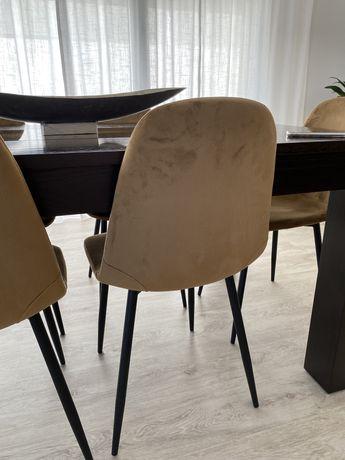 Conjunto de 2 cadeiras de sala jantar como novas