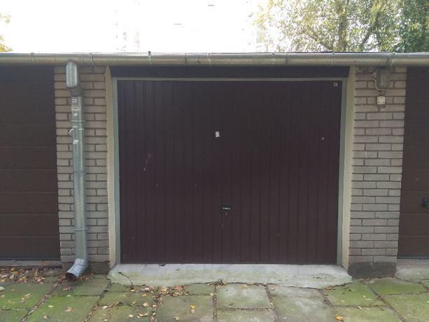 Garaż murowany do wynajęcia na Ochocie. Prąd.
