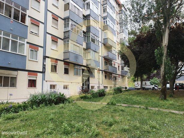 Apartamento T3 remodelado São Domingos de Benfica em Lisboa