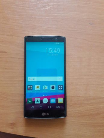 Продам телефон LG G4s