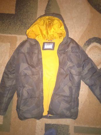 Куртка зимняя на мальчика 8-9лет