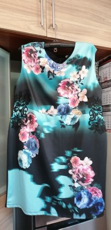 Sukienka roz 50 - 54