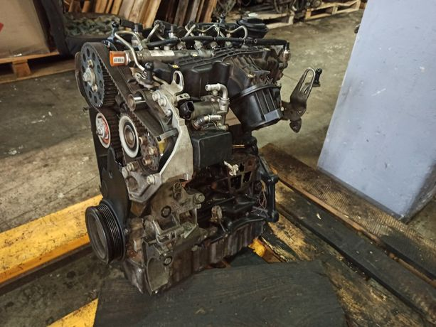 1.6 TDI CAYC CAYW двигатель мотор  коробка Шкода Фольксваген