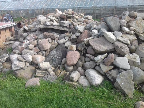 kamienie polne.