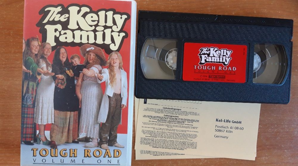 The Kelly Family ‎– Tough Road (Volume One) - Germany 1994 UNIKAT Kraków - image 1