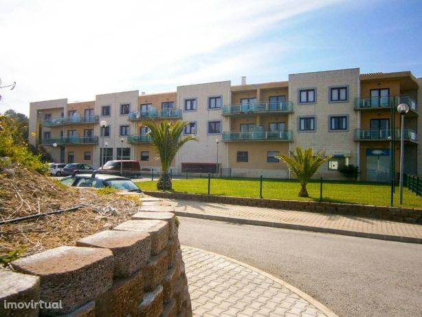 Charming Ericeira Beach Apartment com Piscina - Ericeira