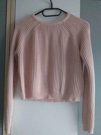 Różowy sweterek New Yorker