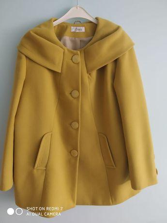 Płaszcz damski welniany