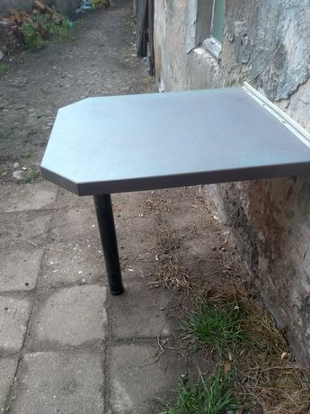 Stol stolik mocowany do sciany kuchenny do salonu