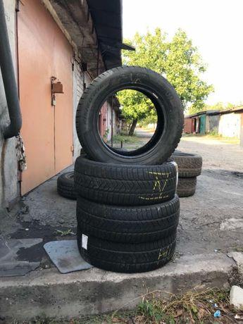 Комплект зимней резины Pirelli Sottozero 3 215x60x16