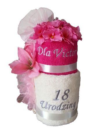 tort z ręczników z imieniem, haft urodziny prezent na 18 urodziny ślub
