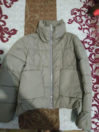 Продам теплую куртку