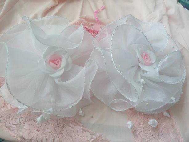 Банты белые, бантики розовые, нарядные