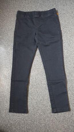 Nowe spodnie, jeansy 122-128