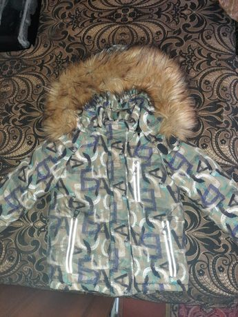 Зимняя курточка, стильная и очень тёплая