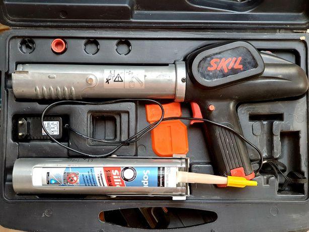 Пістолет шприц Skil 2050 для силікону електричний