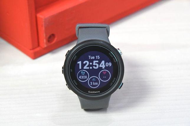 Часы спортивные Garmin Swim 2