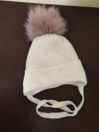 Шапка зимова для дівчинки