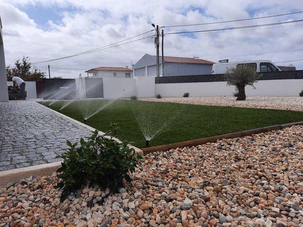 Serviços  de jardinagem. Construção e Manutenção. Limpeza de Terrenos.