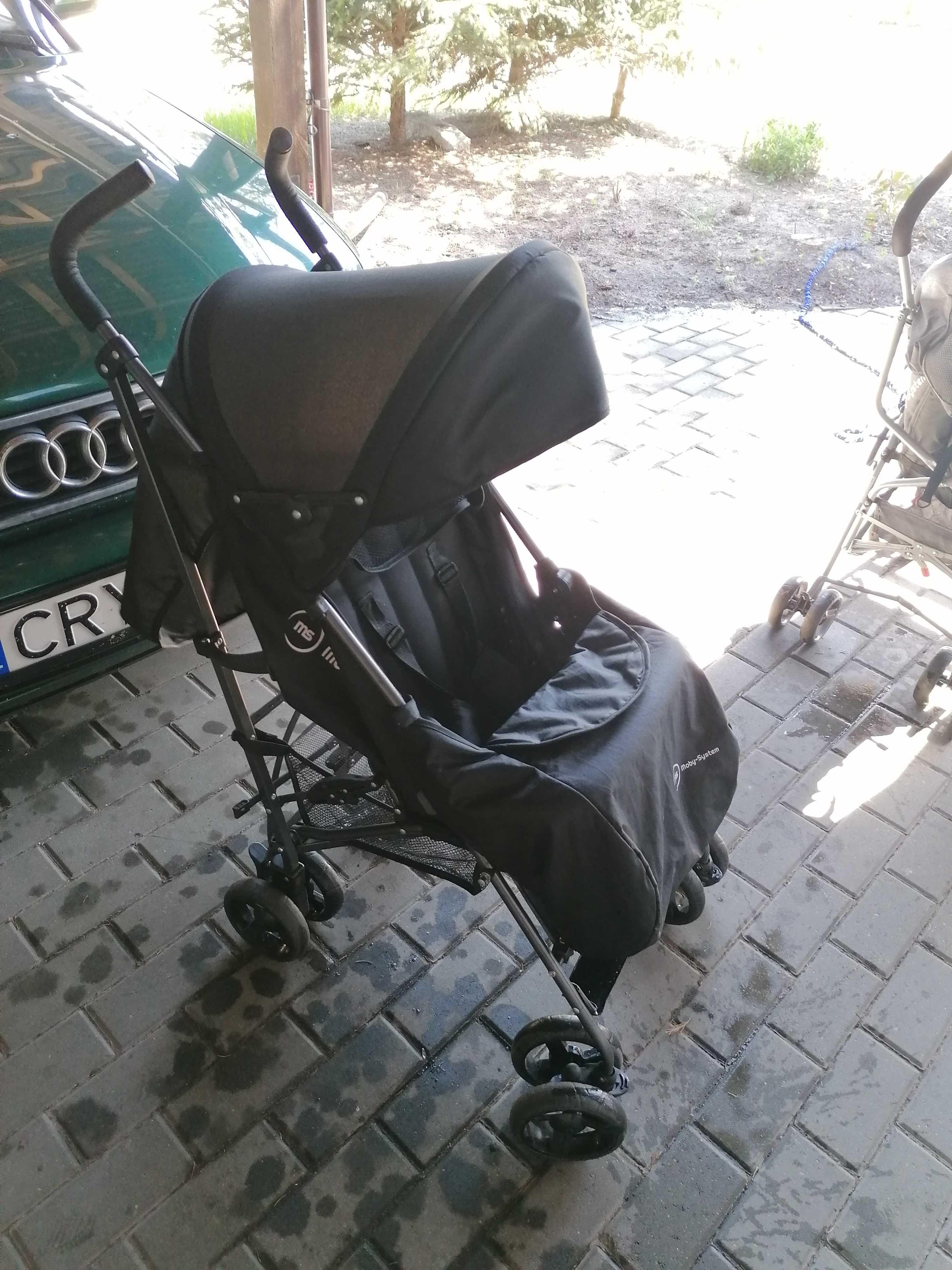 Wózek spacerówka firmy Moby system
