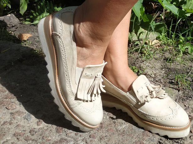 Туфлі стильні жіночі